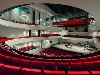 COOP HIMMELB(L)AU: HOUSE OF MUSIC de ALUCOBOND - 3A Composites GmbH Moderno