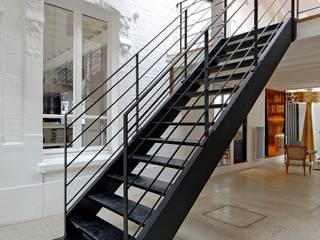Modern Corridor, Hallway and Staircase by ZOEVOX - Fabrice Ausset Modern