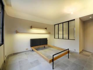 Modern Bedroom by ZOEVOX - Fabrice Ausset Modern