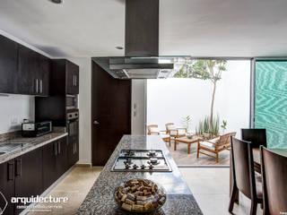 Cocina: Cocinas de estilo  por Grupo Arquidecture