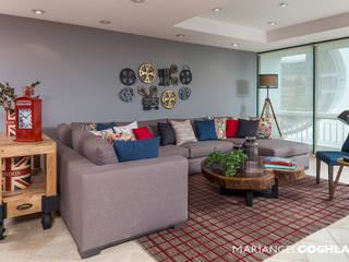 Maple Salones modernos de MARIANGEL COGHLAN Moderno