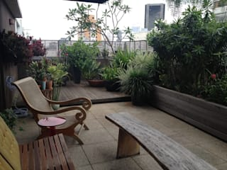 Rustic style balcony, veranda & terrace by Rizck Paisagismo Rustic