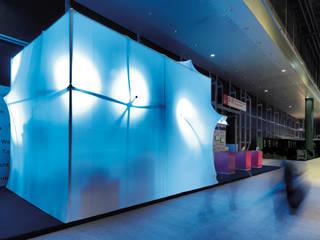 relux informatik Modernes Messe Design von dittlidesign Modern