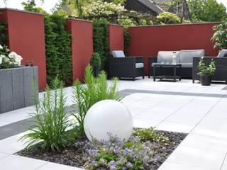 Licht im Garten: moderner Garten von Ambiente Gartengestaltung