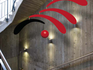 Flowing Rhythm red:  Living room by Flensted Mobiles