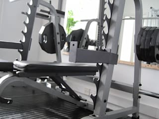 Gym by Pioneer Personal Training & Bespoke Gym Design, Modern