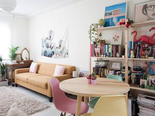 Moderne woonkamers van www.rocio-olmo.com Modern