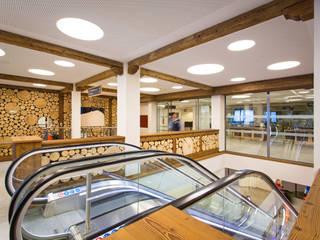 ARCHITEKTUR MIT WEITBLICK Moderne Gastronomie von Gaulhofer Industrie-Holdig GmbH Modern