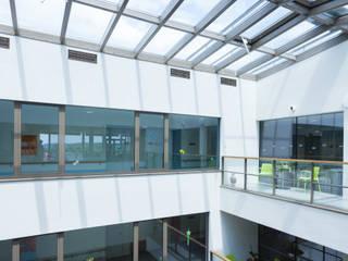 Licht in allen Lebenslagen Moderne Krankenhäuser von Gaulhofer Industrie-Holdig GmbH Modern