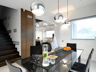 Dining room by Pracownia projektowa artMOKO, Modern