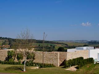 Residência Quinta da Baroneza Casas modernas por Maurício Queiróz Moderno
