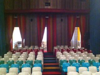 REFORMA SALON DE ACTOS. PALACIO ABRANTES. MADRID. 2006 En colaboración con LUCA MISSONI Salones de eventos de estilo moderno de Bescos-Nicoletti Arquitectos Moderno