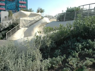 Jardin méditerranéen par Mariani & Associati Architetti Méditerranéen