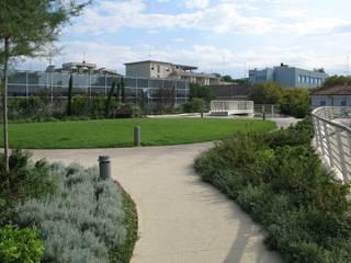 Garden by Mariani & Associati Architetti,