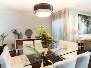 Salas modernas de Empresa constructora en Madrid Moderno