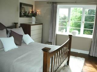 Guest Bedroom:  Bedroom by Maggie Walton-Swan Interior Design Ltd