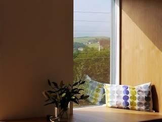 The Knitters House: modern  by David Village Lighting, Modern