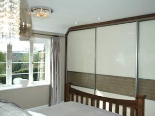 Elegant Guest Bedroom: modern  by Maggie Walton-Swan Interior Design Ltd, Modern