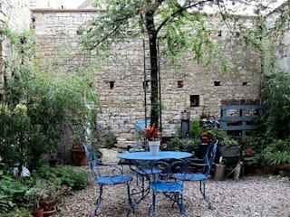 Atelier d'Ersu & Blanco สวน