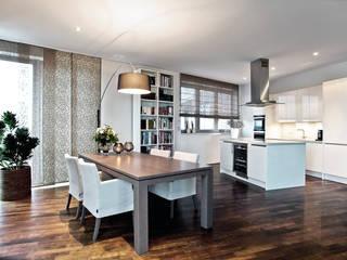 Penthaus Hamburg Moderne Küchen von SALLIER WOHNEN HAMBURG Modern