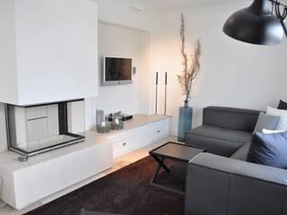 Haus auf Sylt III Moderne Wohnzimmer von SALLIER WOHNEN HAMBURG Modern