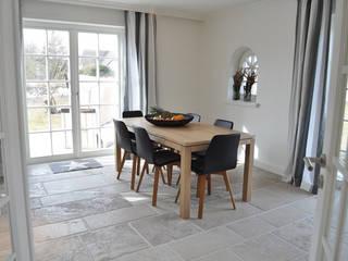 Haus auf Sylt III Moderne Esszimmer von SALLIER WOHNEN HAMBURG Modern