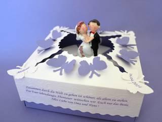 Papiertorte Mini flieder-weiß:   von Zauberhaft verschenken