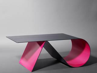 Table basse Goupille par Coco Steel Moderne