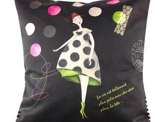 COUSSIN GIRLY BLACK:  de style  par ATELIER DE NOEMI