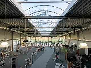 modern  by LINDSCHULTE Ingenieure + Architekten, Modern
