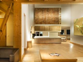 Landhausküche Landhaus Küchen von MIDAS Surfaces GmbH Landhaus