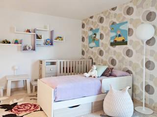 Дом в Сагаро, Испания Детская комнатa в средиземноморском стиле от IND Archdesign Средиземноморский
