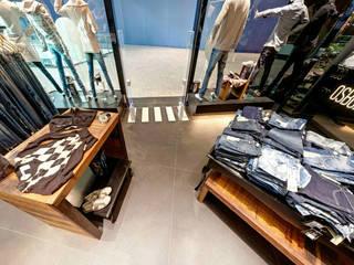 Loja Osborne Lojas & Imóveis comerciais ecléticos por Kubbo Arquitetos Eclético