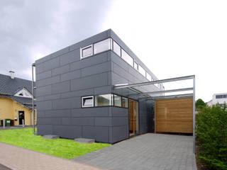 Wohnhaus in Villingen Moderne Häuser von lehmann_holz_bauten Modern