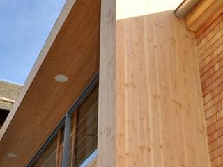 Umbau Schwarzwaldhaus in Triberg-Nussbach: moderne Häuser von lehmann_holz_bauten