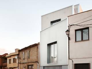 Casa #20 Casas de estilo clásico de RUE Clásico