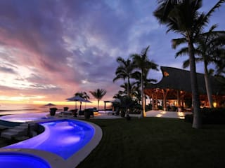 Casa Taheima Albercas tropicales de BR ARQUITECTOS Tropical
