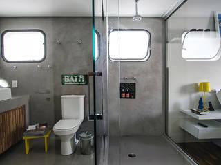 Apartamento Vila Nova Conceição: Banheiros  por Marcella Loeb,Moderno