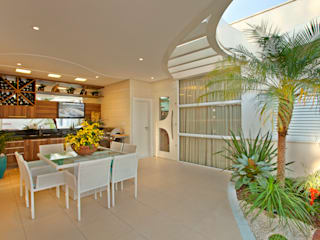 Designer de Interiores e Paisagista Iara Kílaris Maisons modernes