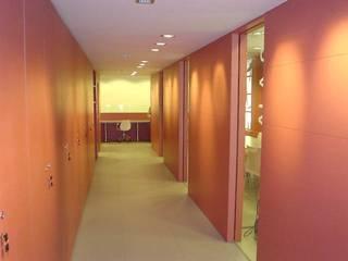 AGENCIA INMOBILIARIA EN PALAMOS RIART I ASSOCIATS Oficinas y tiendas de estilo moderno