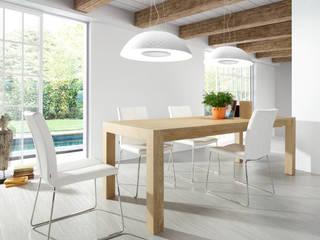 Jadalnia w bieli i drewnie: styl , w kategorii Jadalnia zaprojektowany przez Le Pukka Concept Store