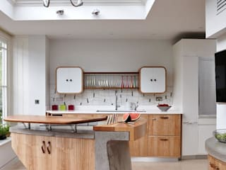 Richmond - A Kitchen in Three Movements Johnny Grey Cocinas de estilo moderno