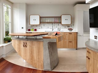 Richmond - A Kitchen in Three Movements Modern kitchen by Johnny Grey Modern