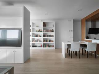 Livings de estilo moderno por CM4 Arquitectos