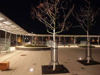 Beleuchtungsplanung für den Busbahnhof in Haldensleben Industriale Veranstaltungsorte von SSP SCHMITZ SCHIMINSKI Parter GbR - Planung für Raum - Licht - Design Industrial