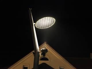 Beleuchtungsplanung für den Busbahnhof in Haldensleben Industriale Flughäfen von SSP SCHMITZ SCHIMINSKI Parter GbR - Planung für Raum - Licht - Design Industrial