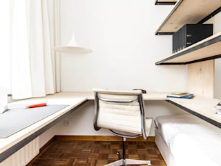 Jan Jacobs Eclectic style study/office