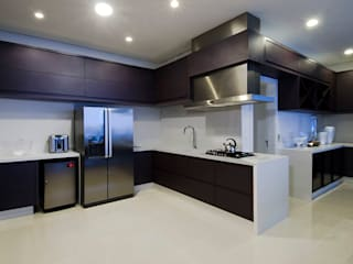 Canisio Beeck Arquiteto Dapur Modern