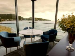 Canisio Beeck Arquiteto 现代客厅設計點子、靈感 & 圖片