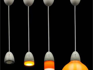 Lampy z wymiennymi kloszami od Pracownia Sztuki Użytkowej Minimalistyczny